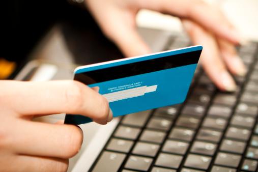 Biglietti – online lievitano i costi